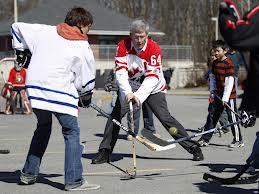 Stephen Harper actuel premier minitre du Canada Via Yahoo sports